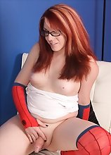 Wendy Cosplays as Mary Jane. Care to be her Peter?